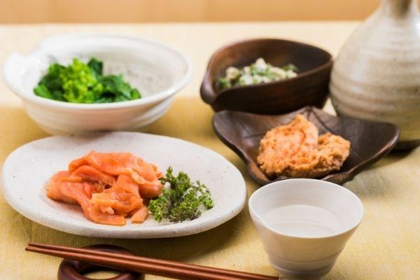 how many calories in sake vs wine