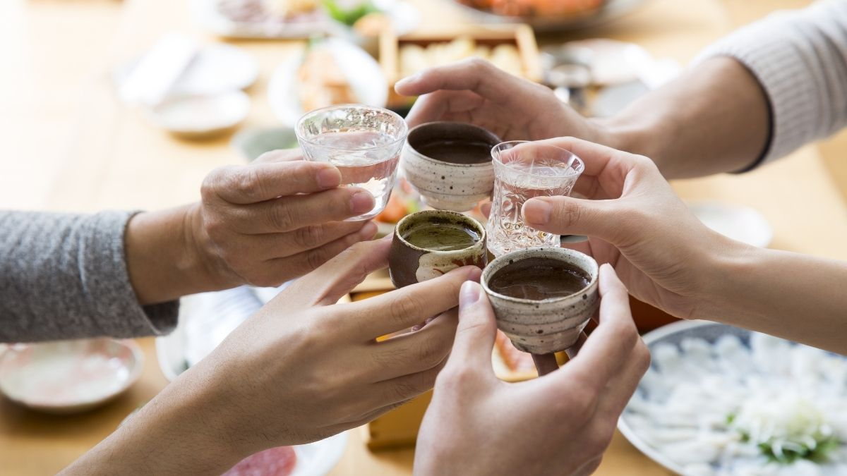 How to Say Cheers In Japanese Amazing History of Japan's Drinking Toast